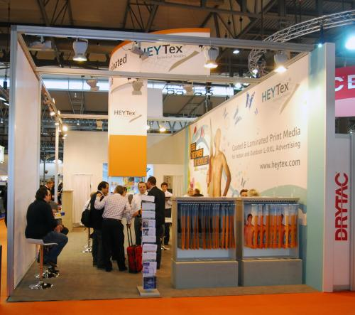 HEYTEX SHOWCASES HEYBLUE FABRIC RANGE AT FESPA DIGITAL