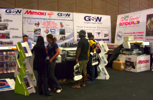 GSW SHOWCASES COST-EFFECTIVE SOLUTIONS FROM MIMAKI AT SIGN