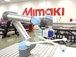 Mimaki showcasing solutions for printing on plastic.