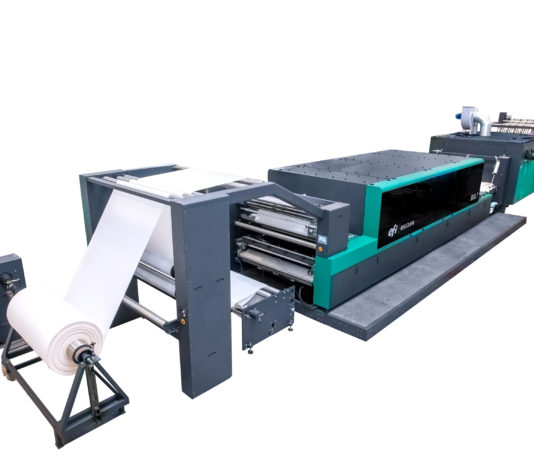 EFI Debuts ReggianiBOLT Textile Digital Printer
