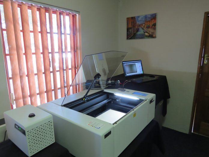 Video- Gencotech Demonstrates GCC Laser Engraver And Cutter