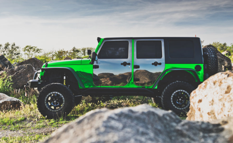 Kolok Showcasing Vehicle Wrapping Vinyls And More At Graphics, Print and Sign Live Demo Expo